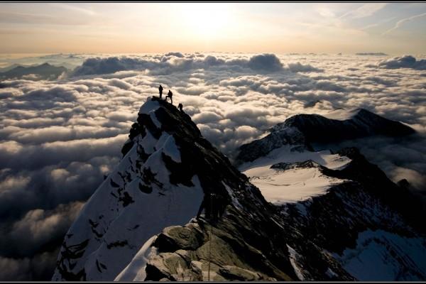 kleinglockner-wolkenmeer-glantschnigD7F204D2-E924-CB82-0D6F-AF50E3AAE1EF.jpg