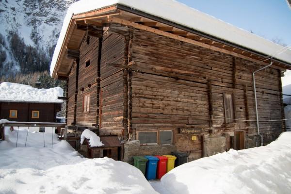 haus-winter310D2ECAB-D055-8677-777F-2CF25639AA61.jpg